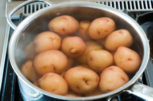 Fırında ezilmiş patates tarifi(resimli anlatım)