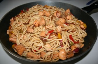 Somonlu Noodle tarifi