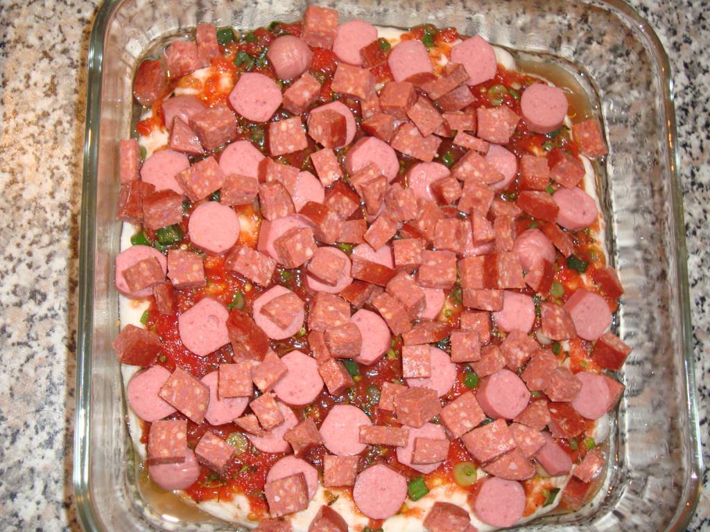 Ekmek hamurlu pratik pizza tarifi
