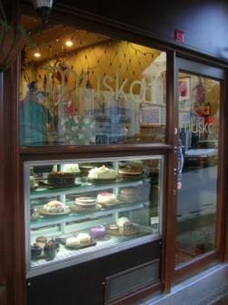 Muskat Pastanesi'nin Tarçınlı Kurabiyesi