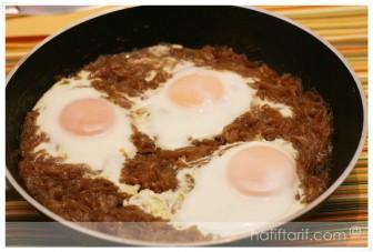 Soğanlı Yumurta tarifi (Saray Usulü)