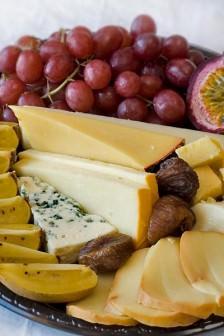 Rani Organik Peynirci ve Sarı Patlıcanlar