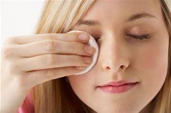 Göz makyajı nasıl temizlenebilir?