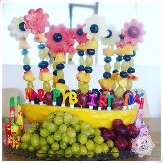 Sadece meyveden doğumgünü pastası